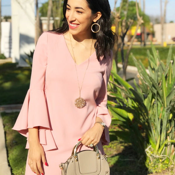 Red, Pink, & Chic Valentine's Day Outfits