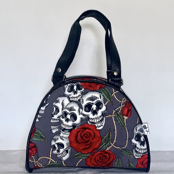 Handbag small grey skull and roses