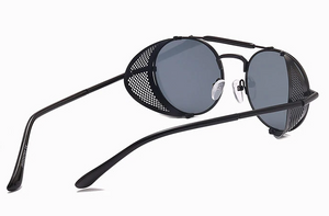 Black Retro Round Glasses