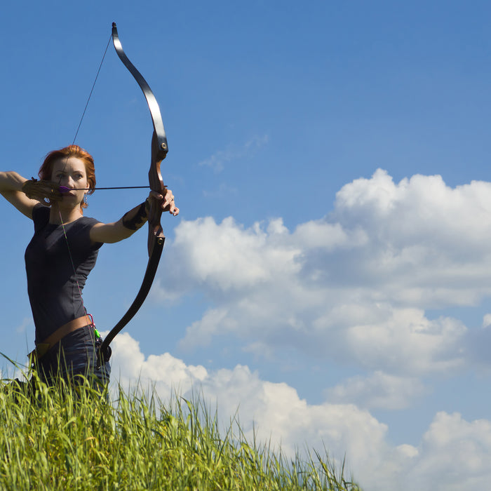Best Hunting Bows for Beginners: Recurve Bows