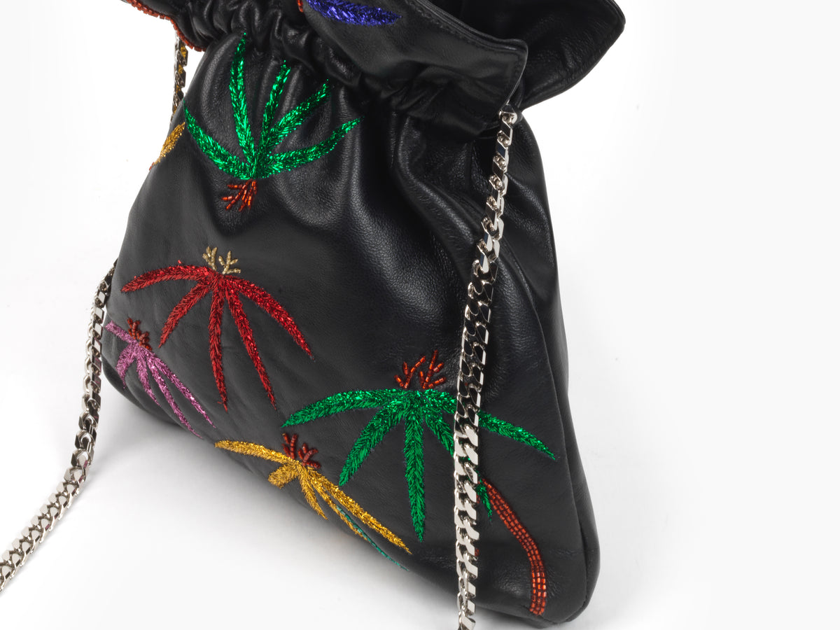 TRILLY PALMS EMBROIDERED