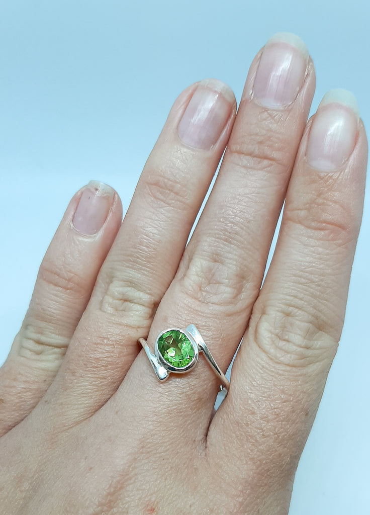 Abstract Oval Peridot Ring