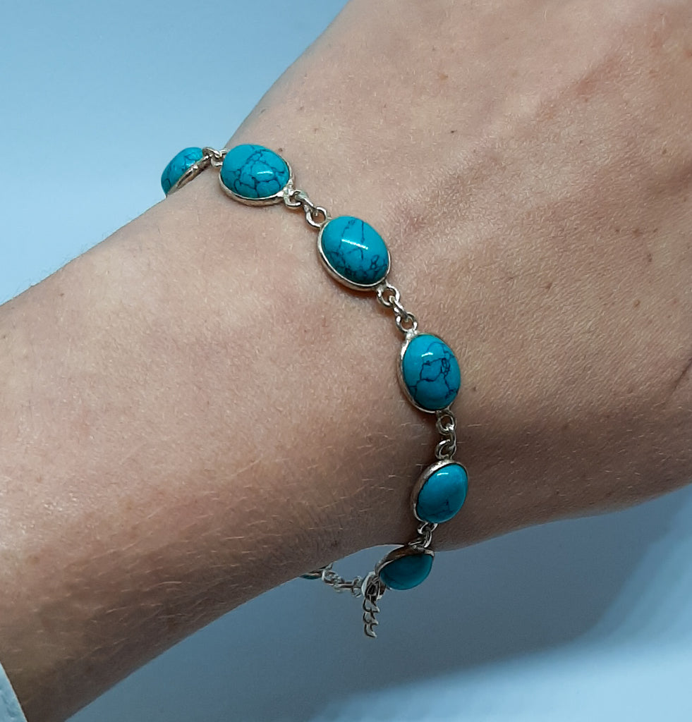 Turquoise Medium Oval Link Bracelet
