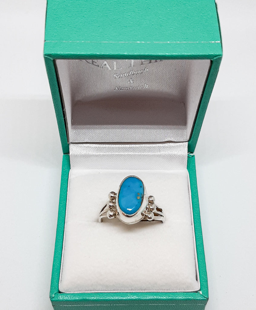 Tripple Band Oval Turquoise Ring