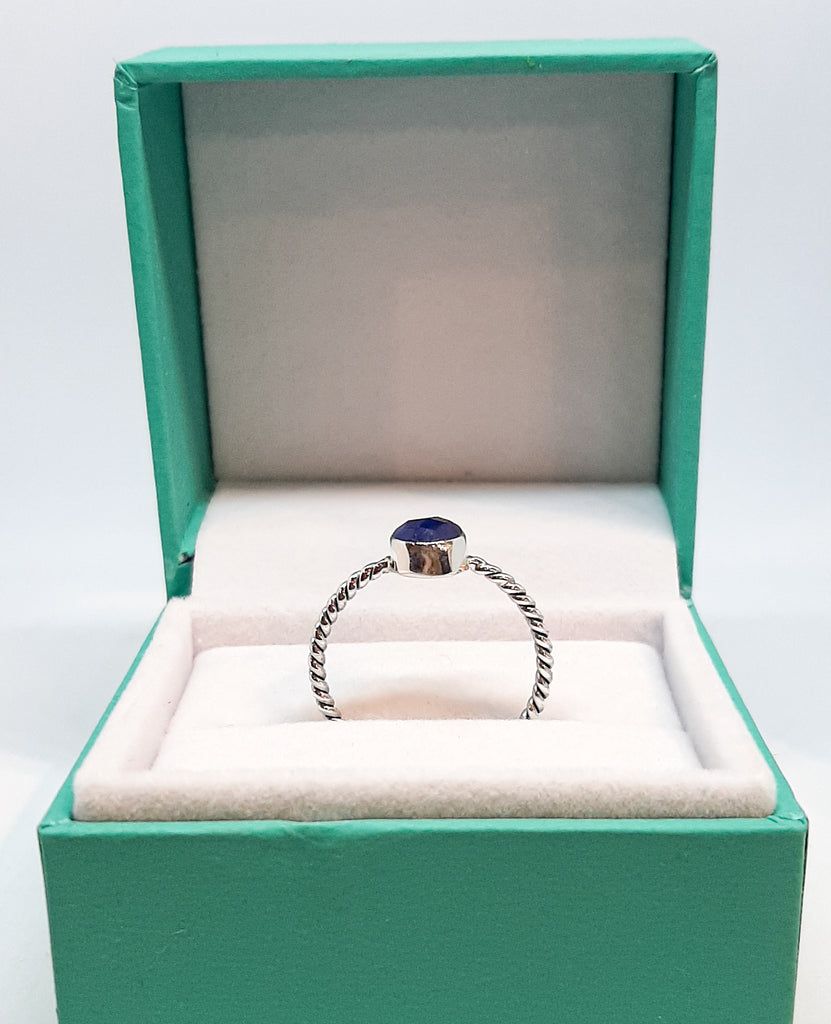 Sapphire Round Stone Twisted Rope Ring