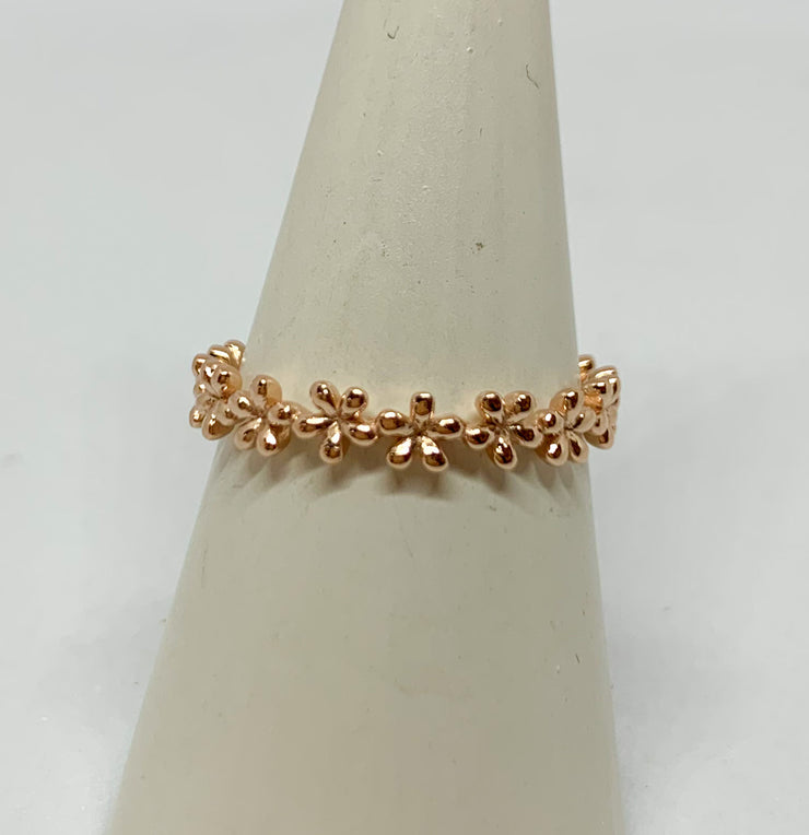 Rose Gold Flowers Ring