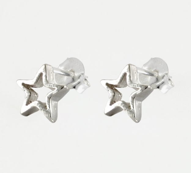 Cut Out Star Stud Earrings