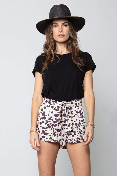 Box Tie Shorts in Love Stoned