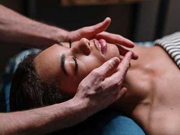 Lymphatic Drainage Massage for the Face