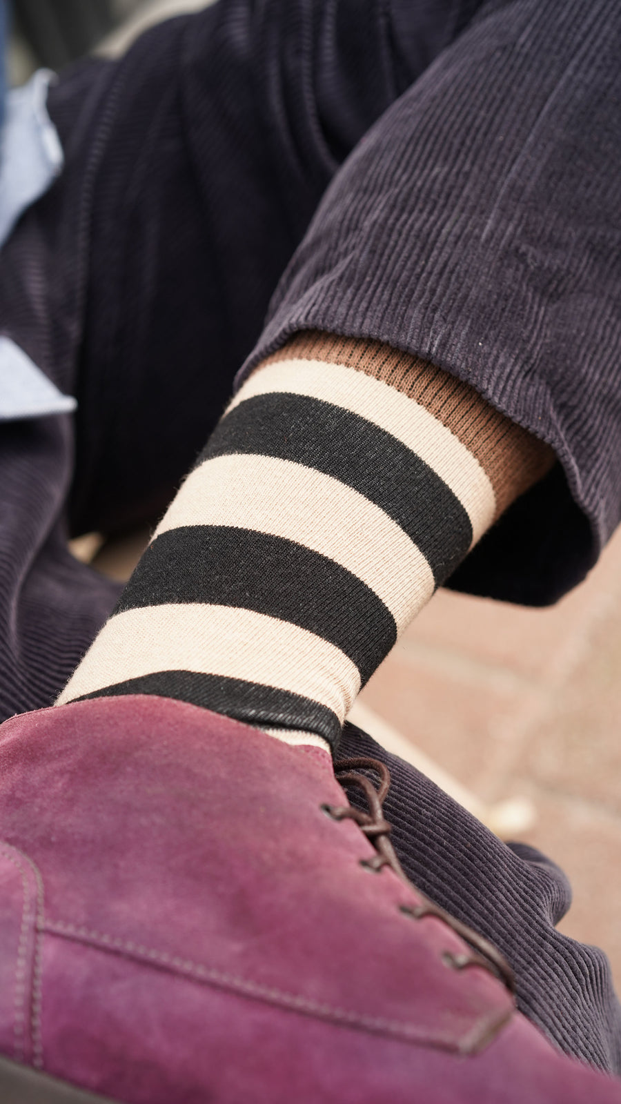 Men's Sand Stripped Socks black and brown