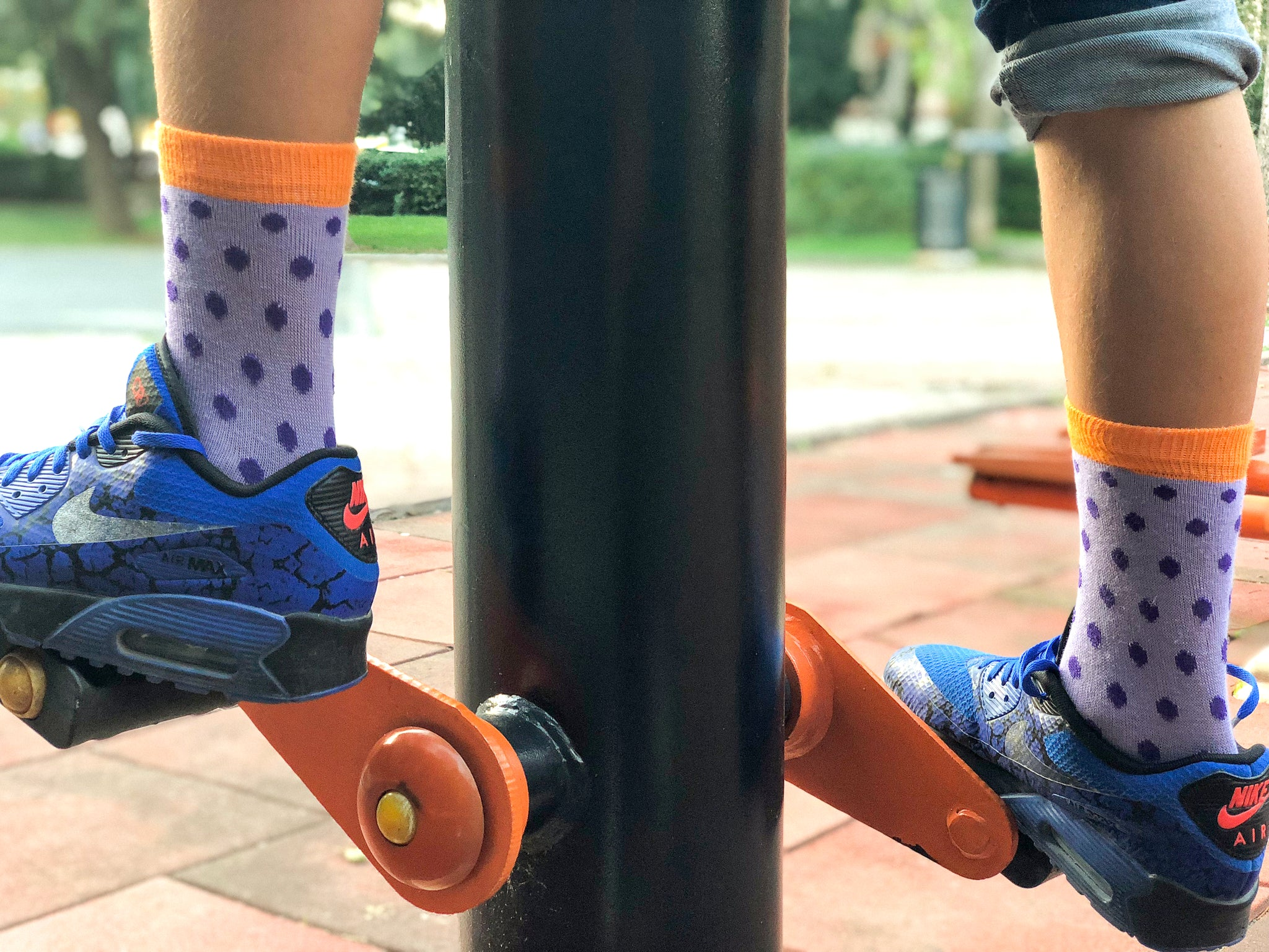 Kids Amethyst Dot Socks