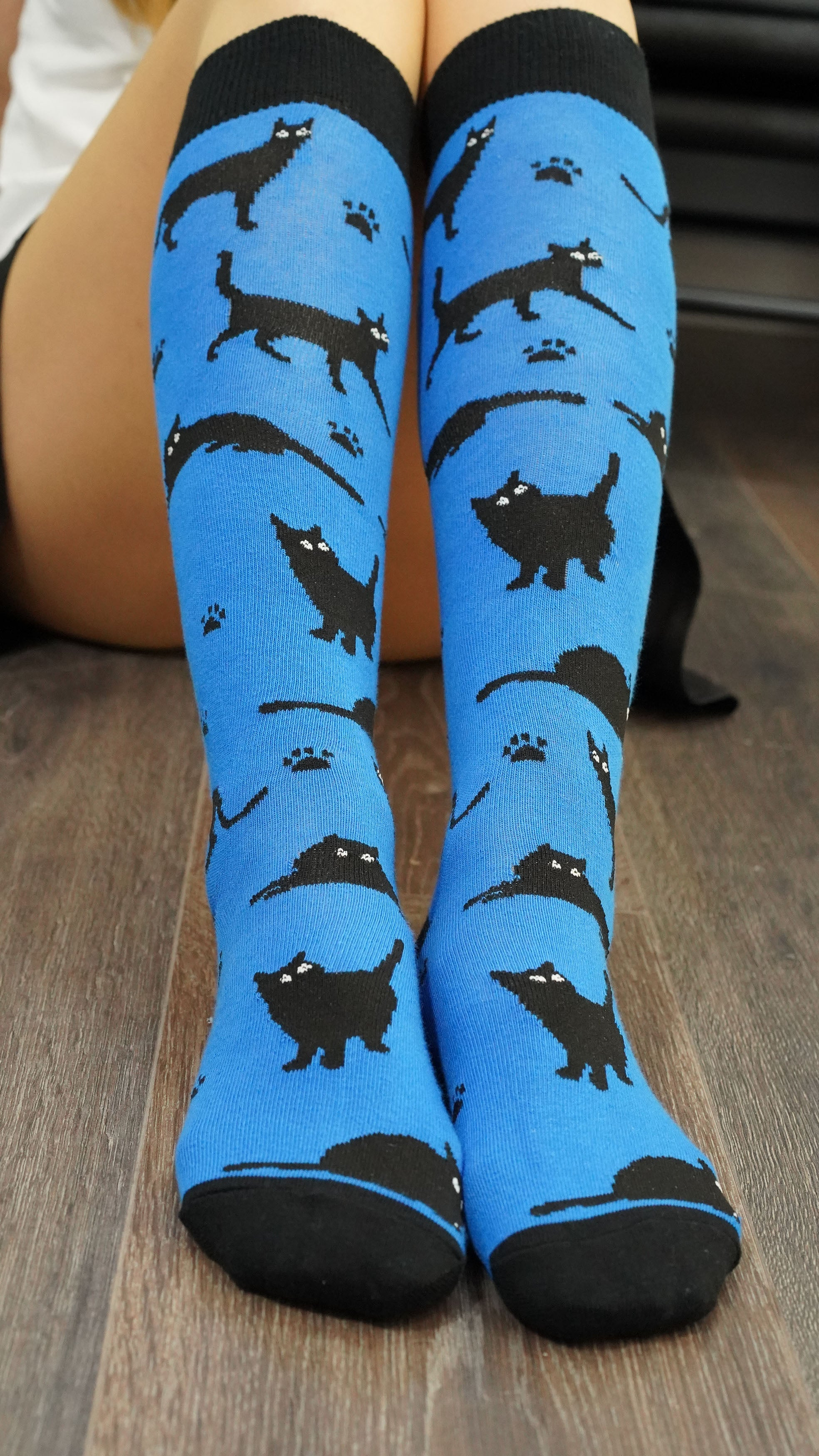 Women's Shadow Cat Knee High Socks