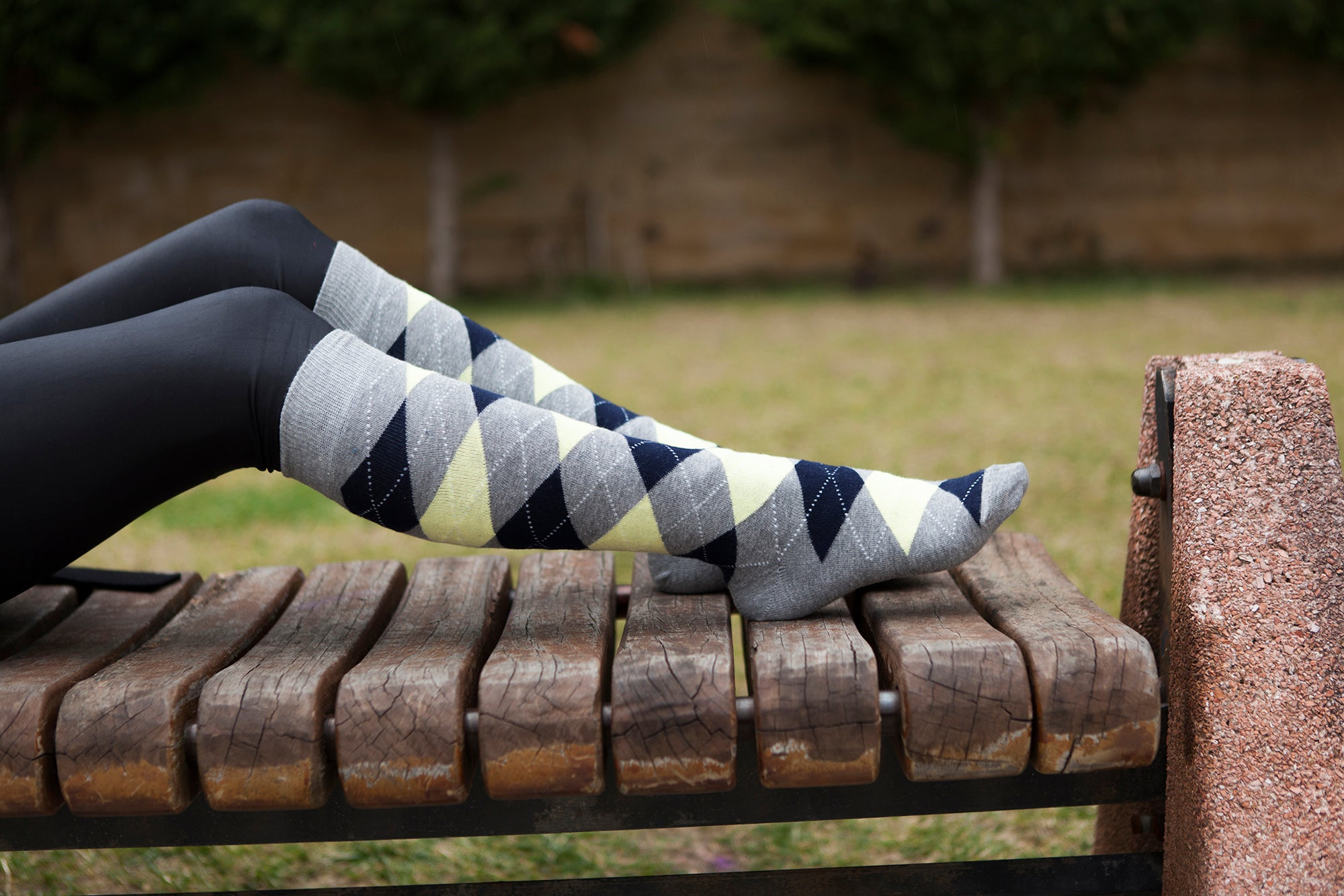 Women's Cloud Argyle Knee High Socks