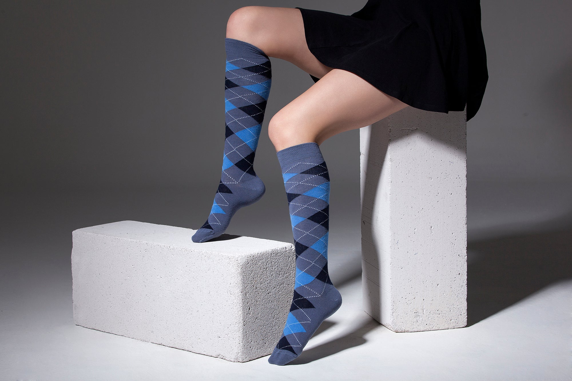 Women's High-Class Argyle Knee High Socks Set