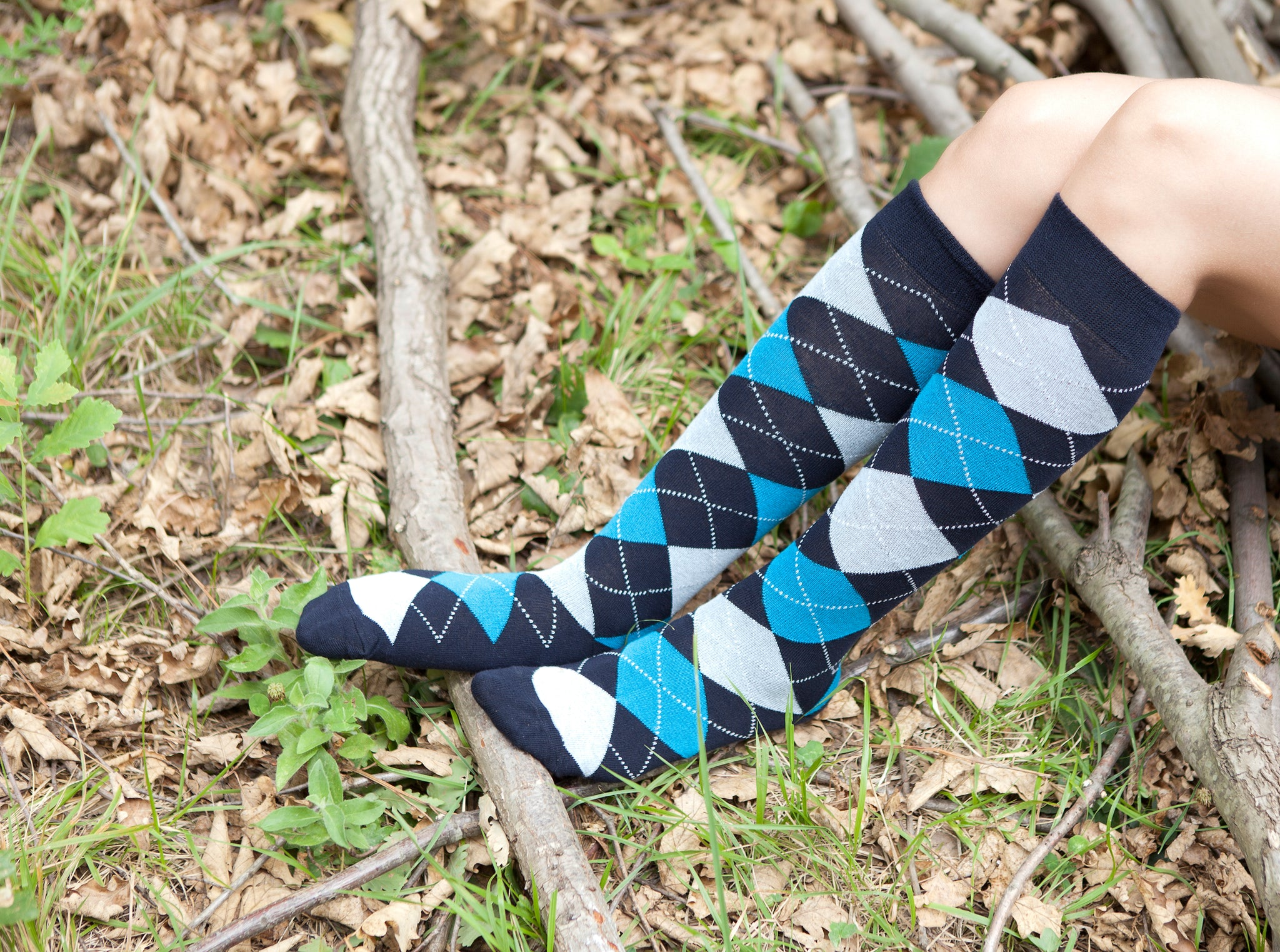 Women's Blue Paradise Argyle Knee High Socks