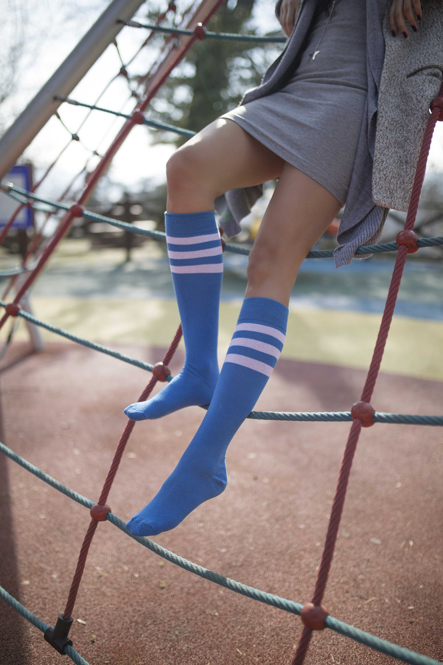 Women's Snorkel Stripe Knee High Socks