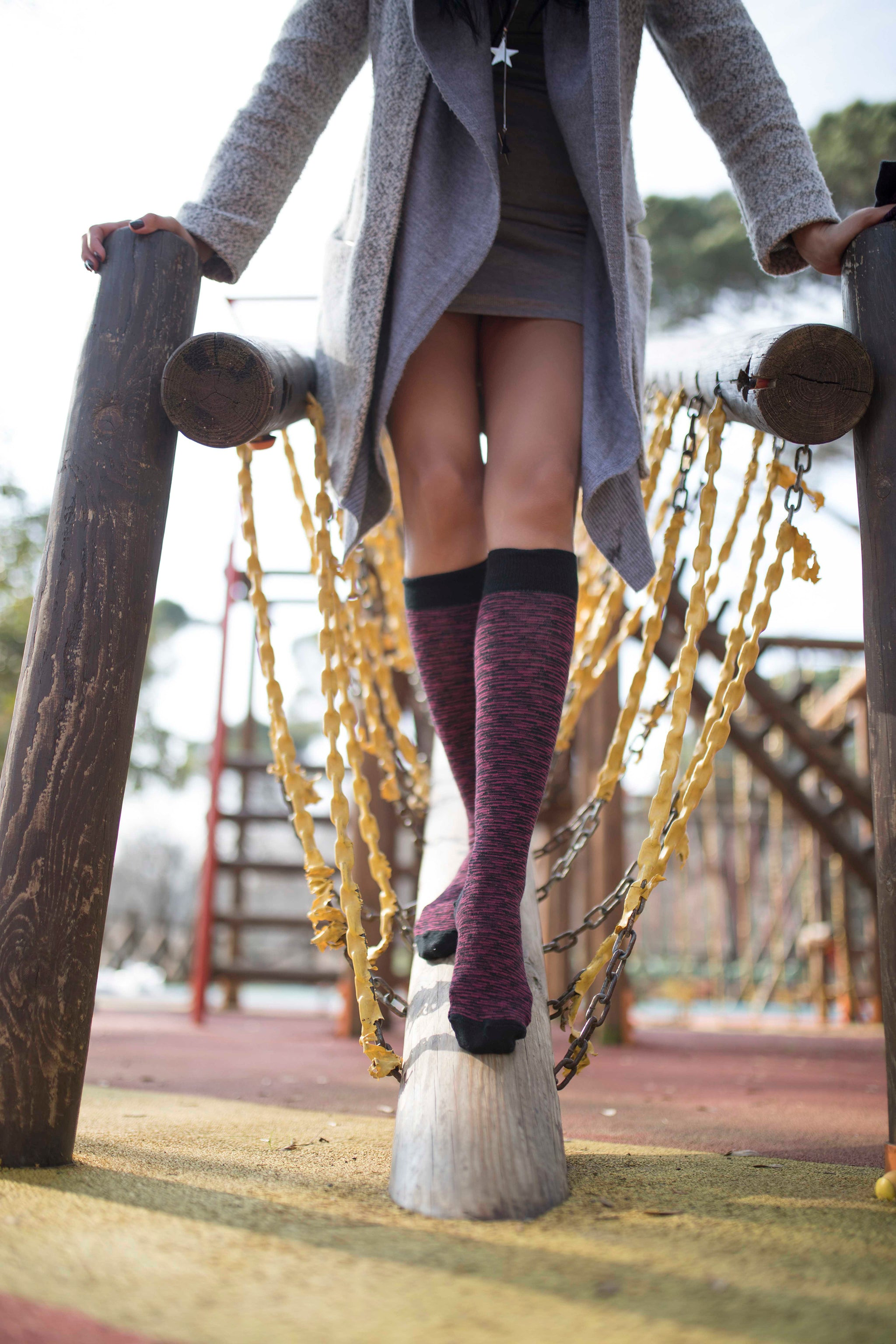 Women's Wine Grizzled Stripe Knee High Socks
