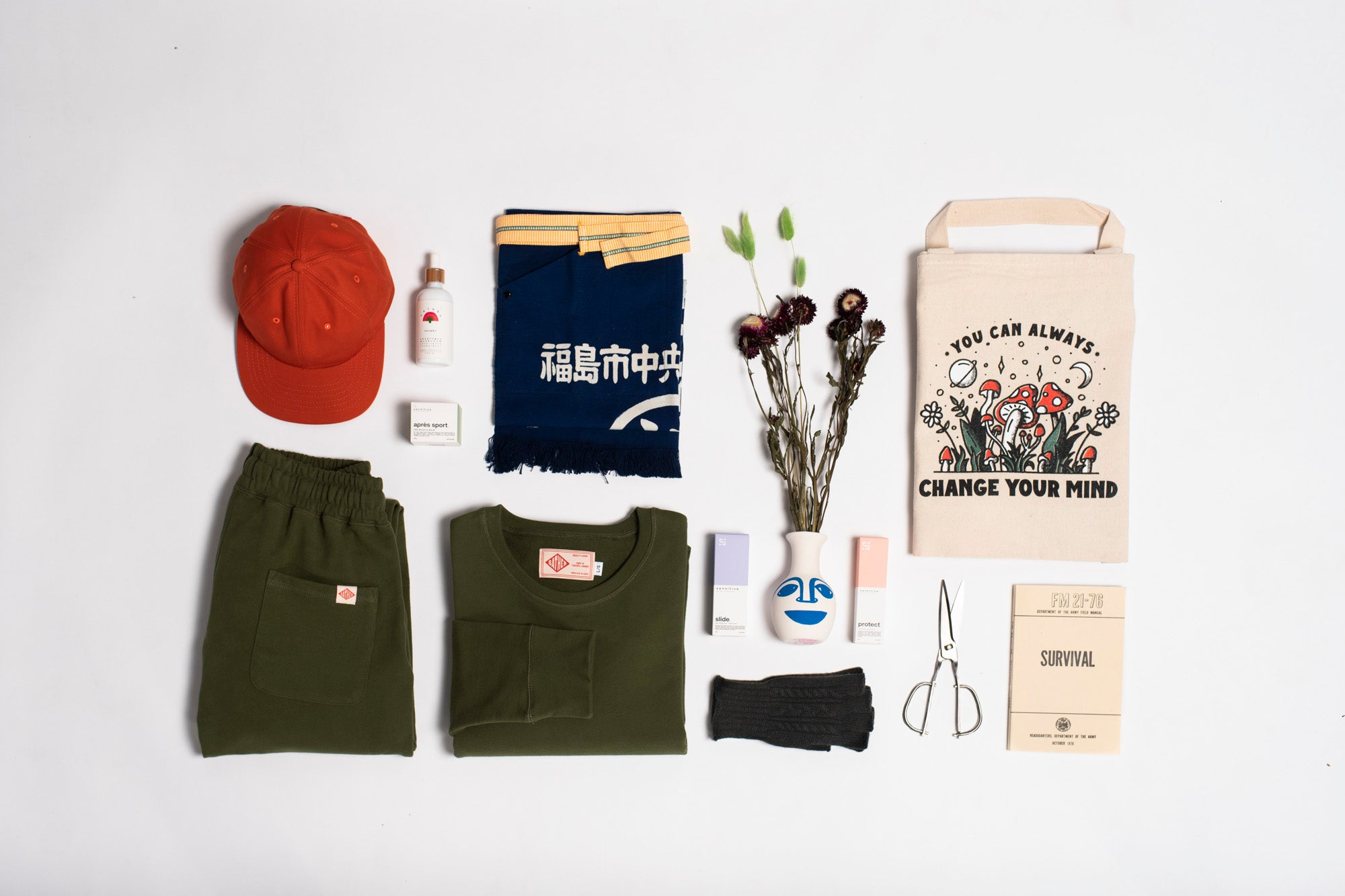Flat lay image of our Home Horticulturist gift kit from our gift guide