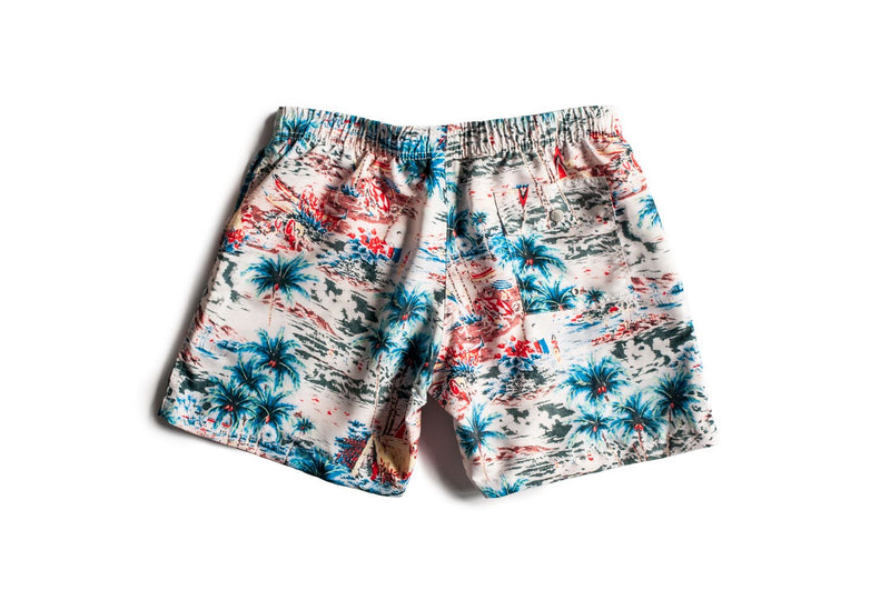 Traditional Hawaiian pattern on Bather men's swim trunks