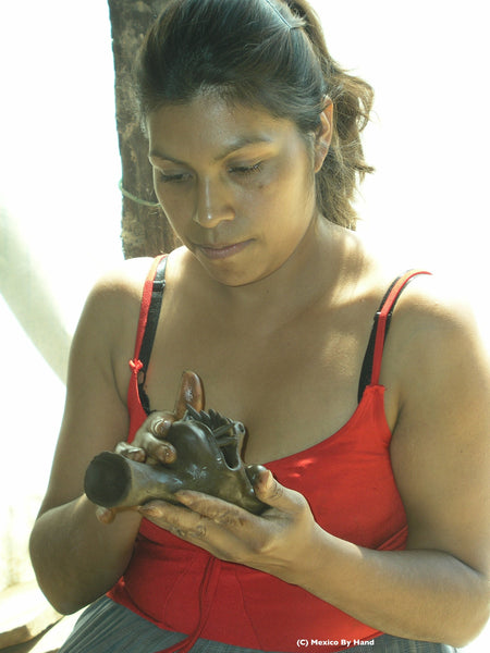 Award-winning clay artisan Zenaida Rafael Julian of Ocumicho, Michoacán
