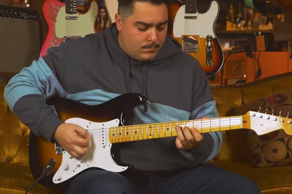 Snacks 105: Fender Custom Shop Vintage Custom '55 Stratocaster