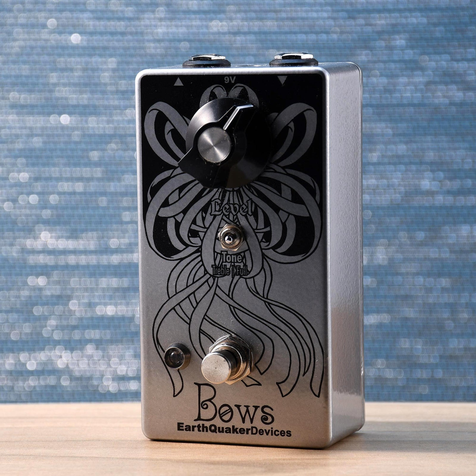 Earthquaker Bows Germanium Preamp Booster