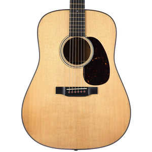 Martin D18E Modern Deluxe With Case