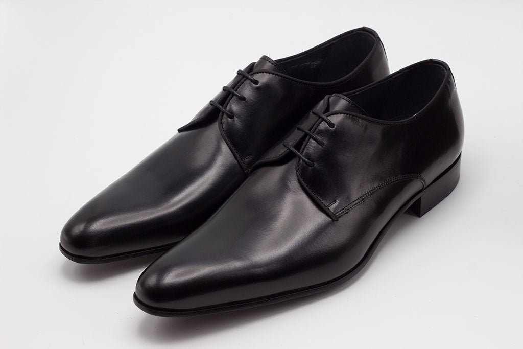 BLACK LEATHER DERBY LACE UP WITH PLAIN TOE