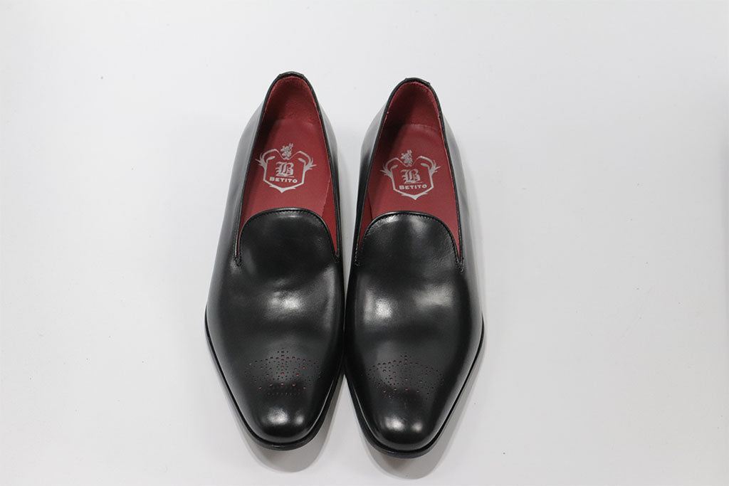 BLACK LEATHER VENETIAN LOAFER WITH PERFORATED DETAILS (CROWN WITH RED DOT) ON THE TOE