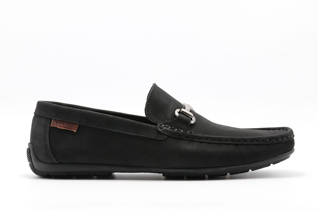 BLACK DRIVING SHOE WITH BUCKLE AND HAND STITCHED MOC TOE