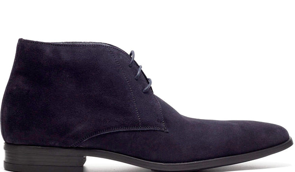 BLUE SUEDE CHUKKA BOOT AND PLAIN TOE