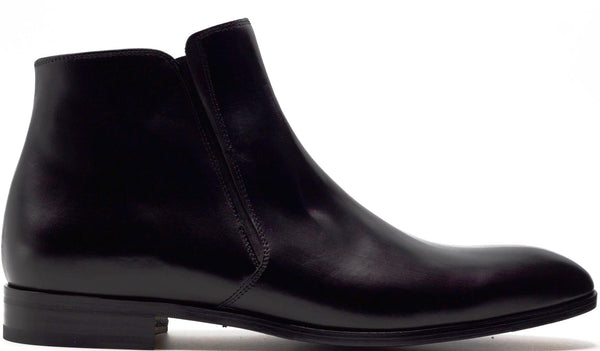 BLACK LEATHER CHELSEA BOOT WITH PLAIN TOE