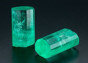 Raw emerald crystals by GIA Robert Weldon