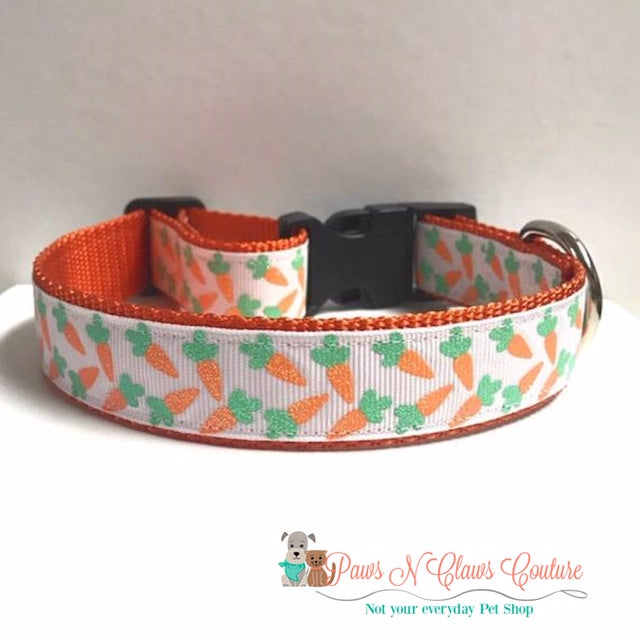 "1"" Glitter Carrots on White Dog Collar"
