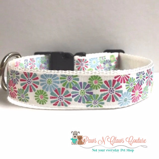 "1"" Floral Bursts on White Dog Collar"