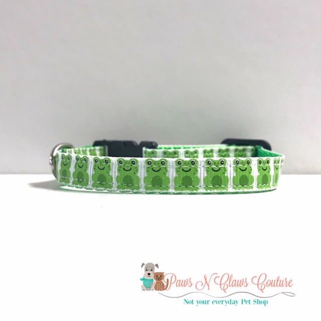 "3/8"" Mini Frogs Cat or Small Dog Collar"