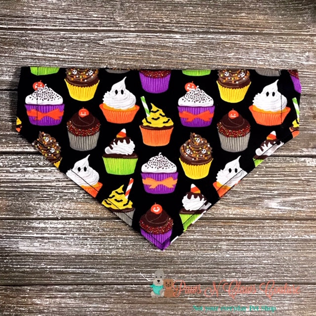 Halloween Party Cupcakes Bandana