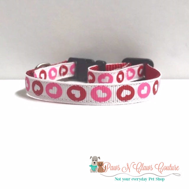 "3/8"" Hearts in Circle Cat or Small Dog Collar - Paws N Claws Couture"