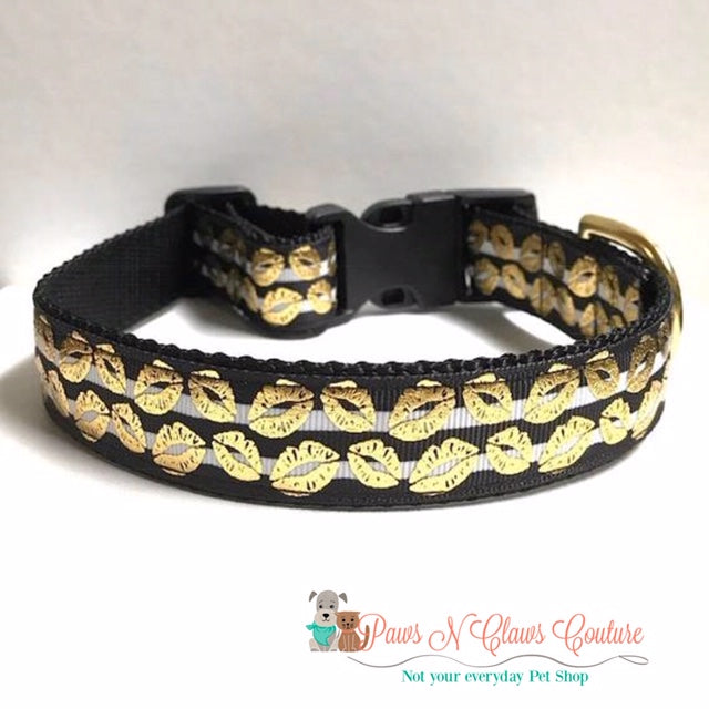 "1"" Gold Foil Kisses on Stripes Dog Collar"