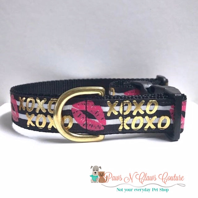 "1"" XOXO, Lips on Stripes Dog Collar - Paws N Claws Couture"