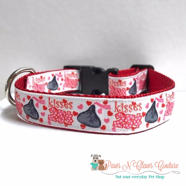 "1"" Kisses 25 Cent Dog Collar - Paws N Claws Couture"