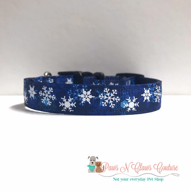 "5/8"" Glitter Snowflakes on Navy Dog Collar"