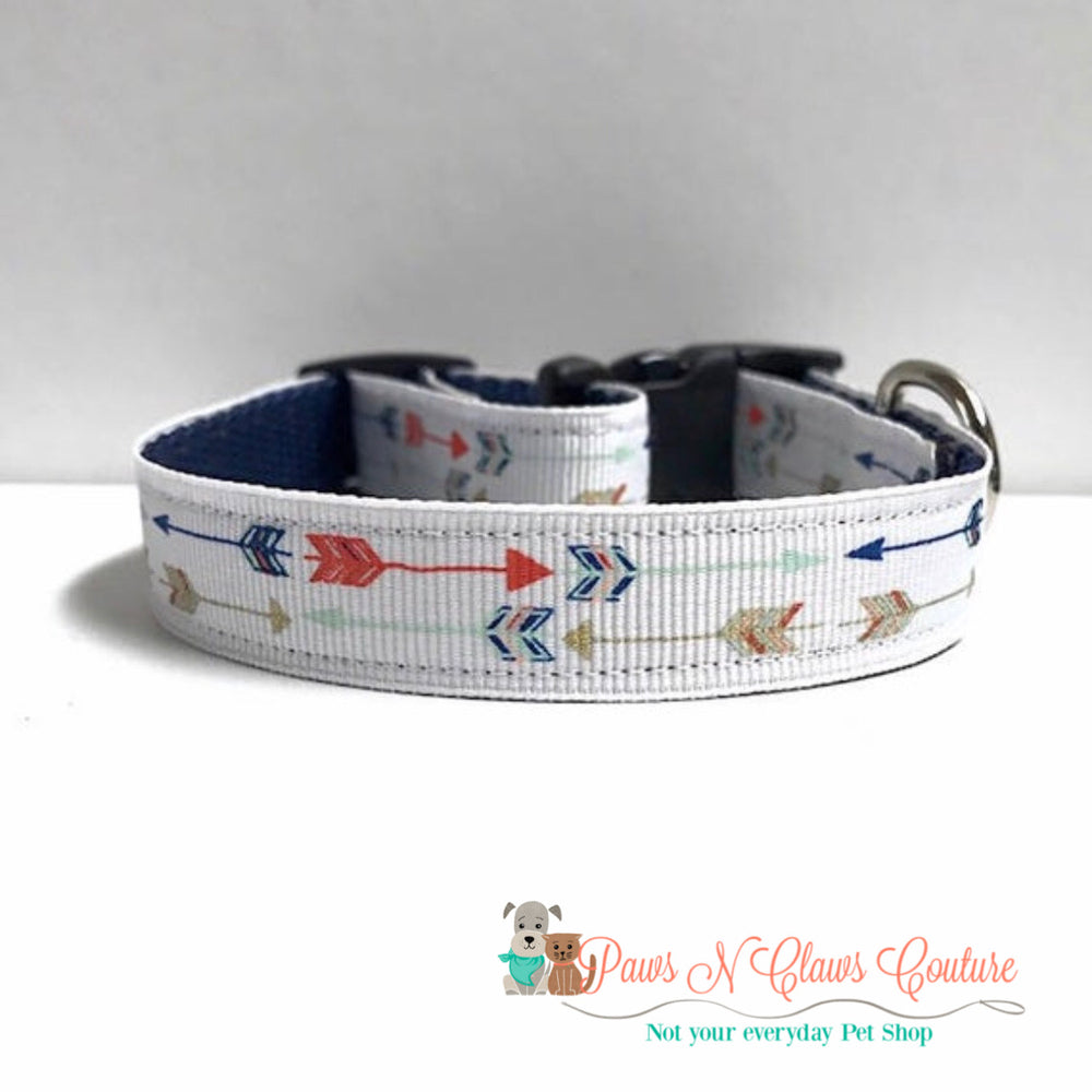 "5/8"" Arrows on white Dog Collar - Paws N Claws Couture"