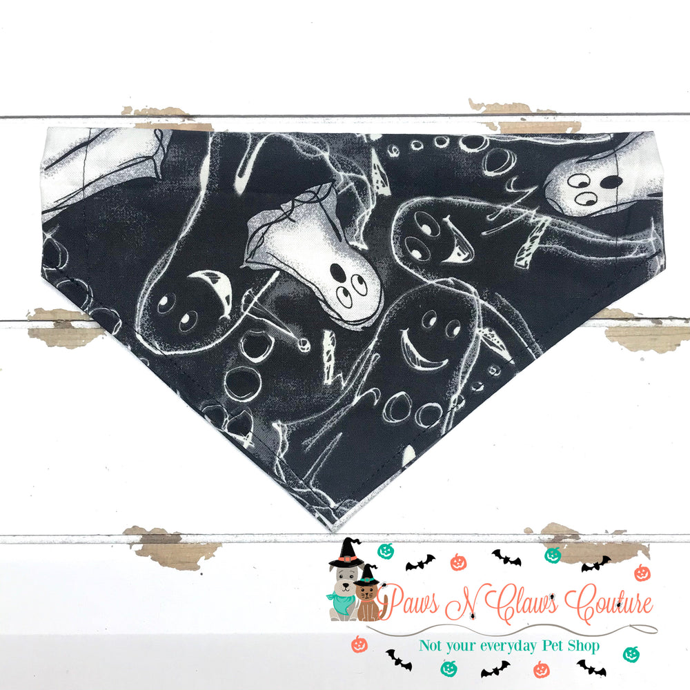 Caulk ghosts Bandana - Paws N Claws Couture