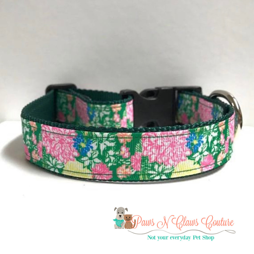 "1"" Hibiscus stroll, lily inspired Dog Collar"