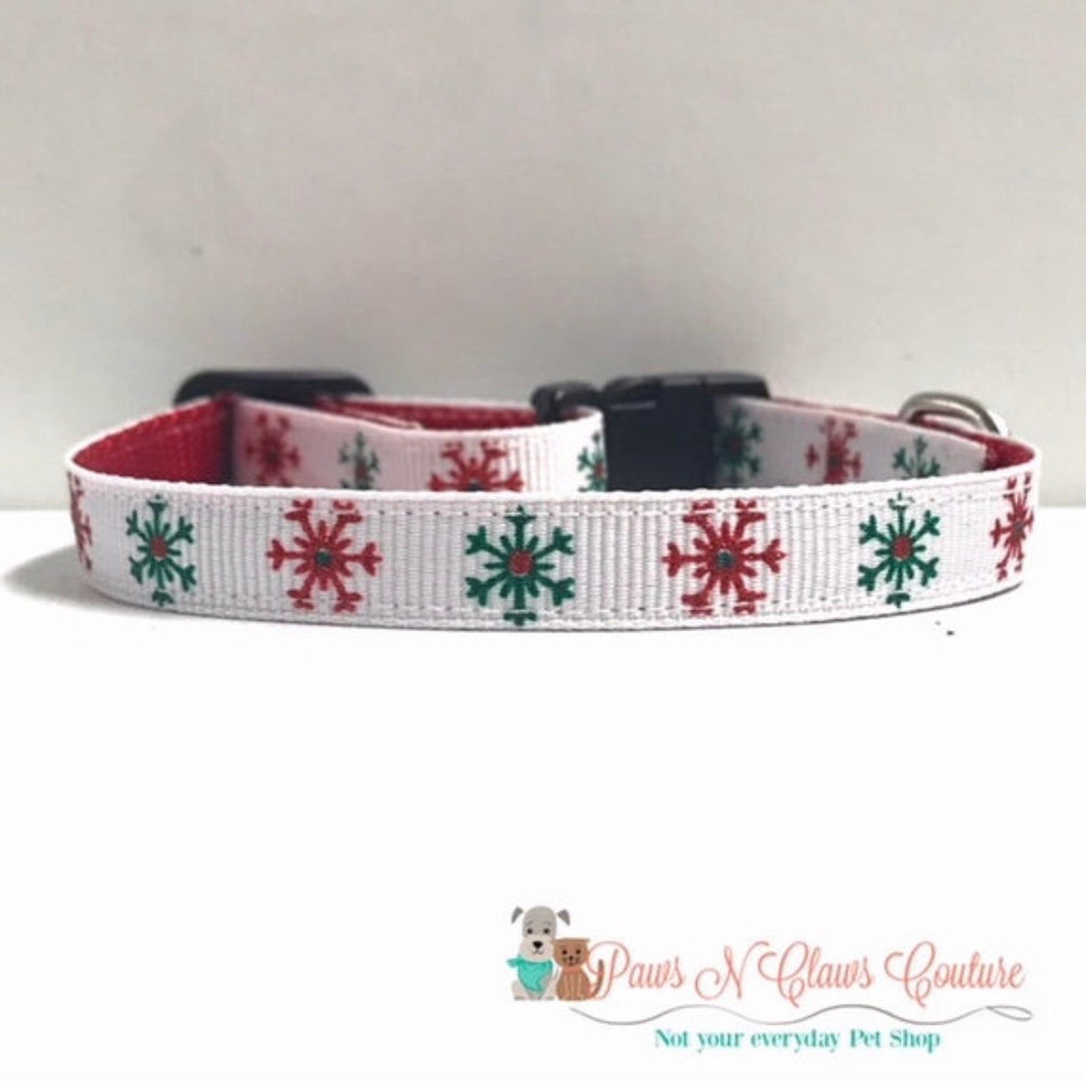 "3/8"" Red and Green snowflakes Cat or Small Dog Collar - Paws N Claws Couture"