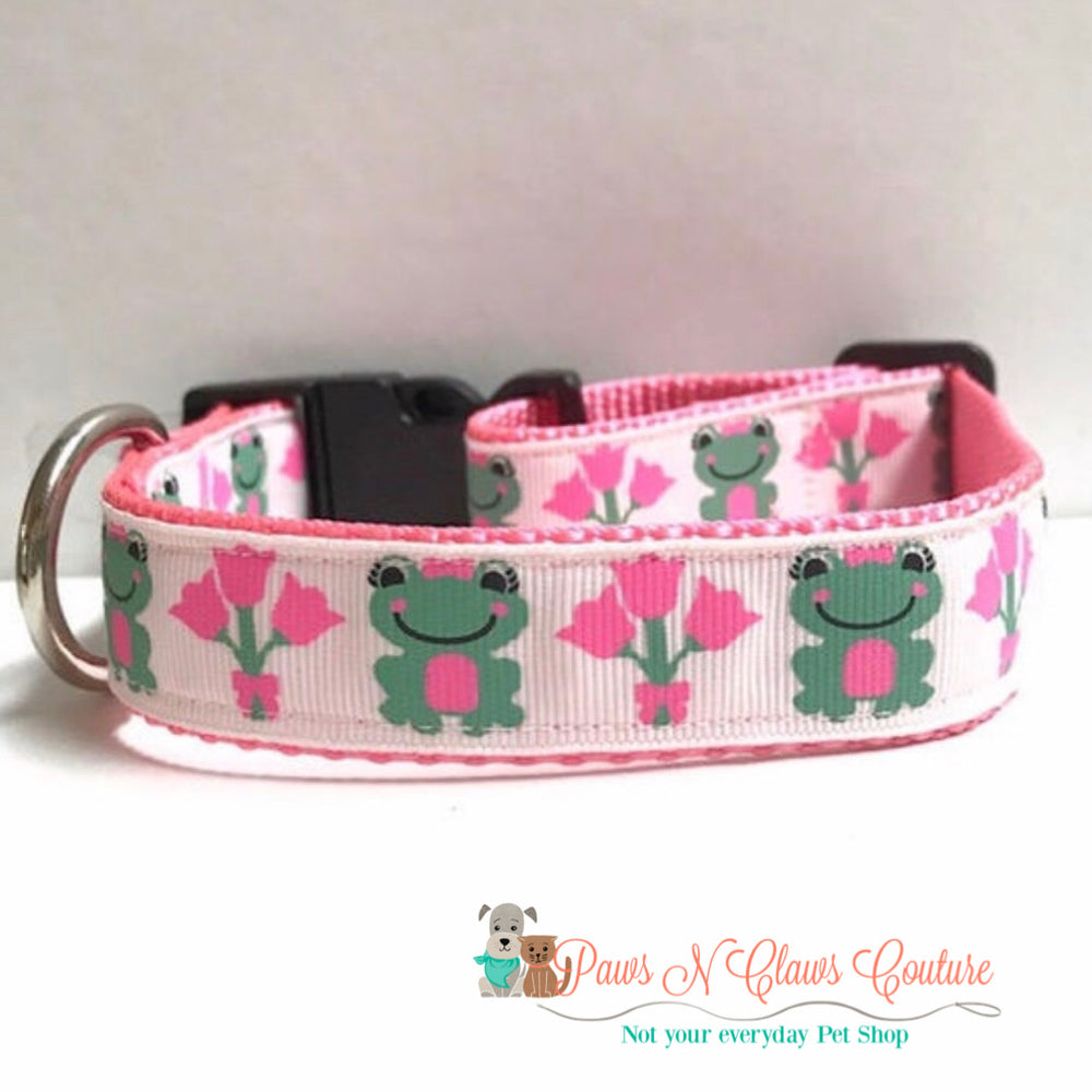 "1"" Frogs and tulips Dog Collar - Paws N Claws Couture"