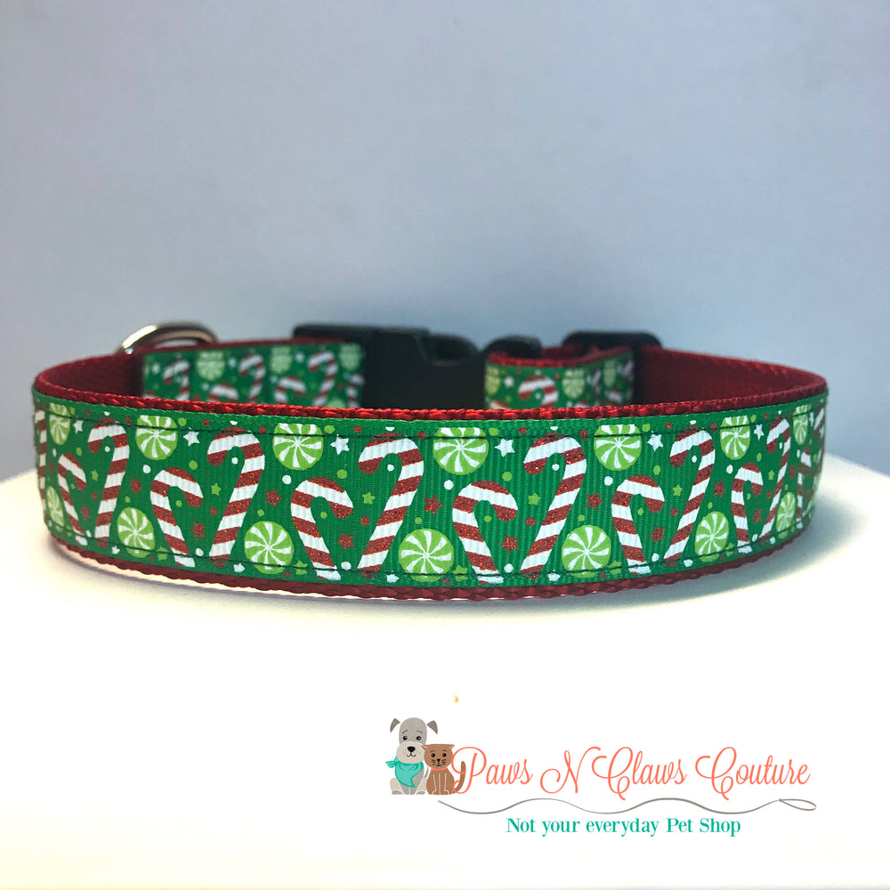 "1"" Glitter candy canes on Green Dog Collar"