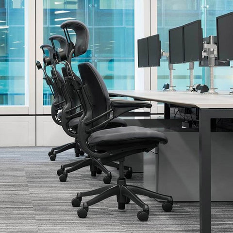 Humanscale Freedom Headrest Task Chair Side View Group