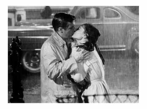 breakfast at tiffany's rain kiss